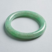 苹果绿翡翠圆条手镯(56mm)-17JL02