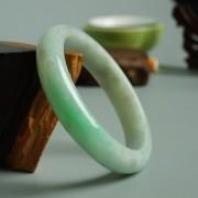 苹果绿翡翠平安手镯(56mm)-17JL13