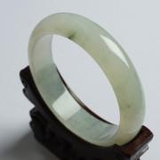 冰种飘花翡翠扁条手镯(58mm)-17KA04